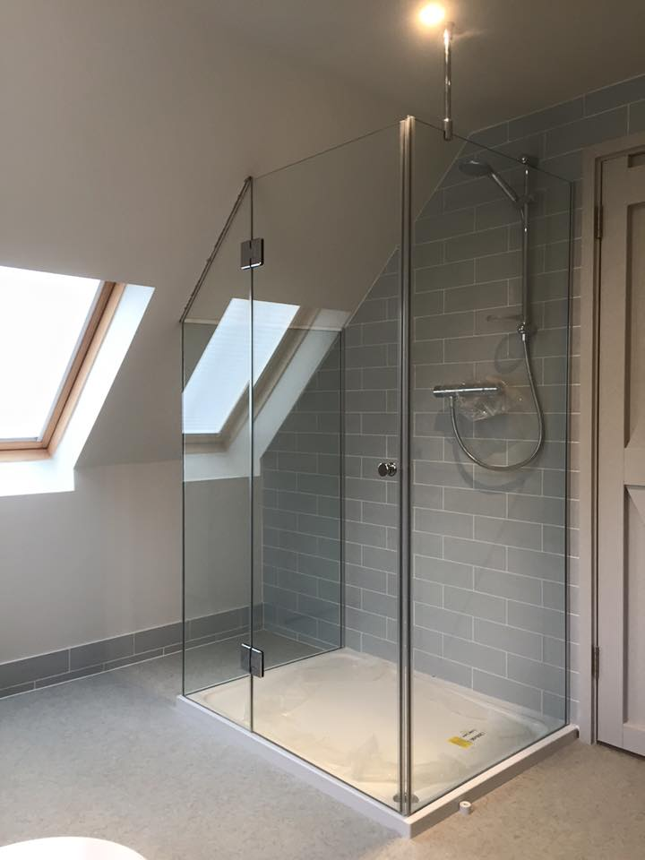 made-to-measure-shower-screen